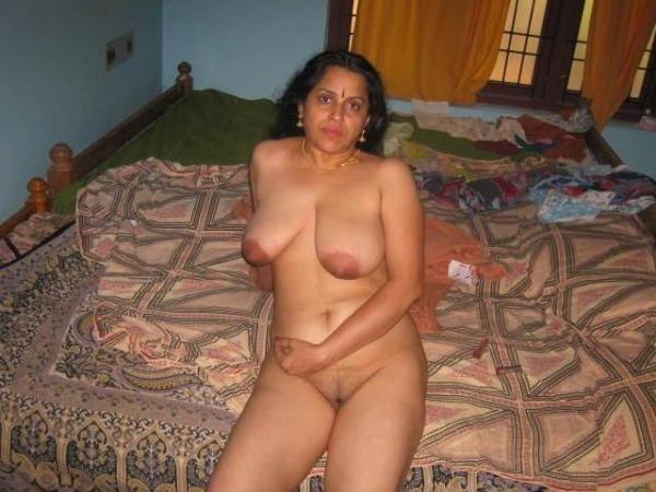 mature mallu nude photos to uplift horny desires - 46