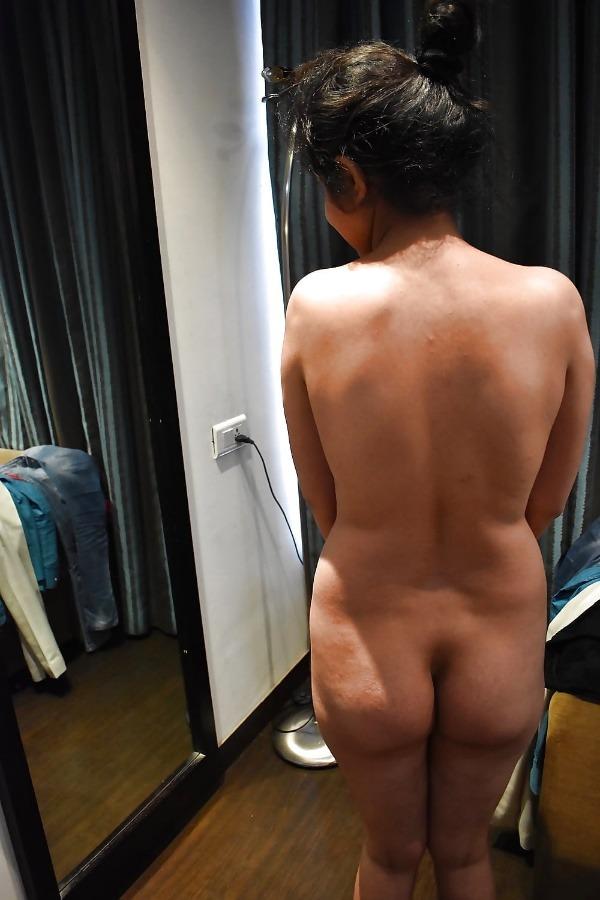 mind blowing mature desi aunty nude photos - 19