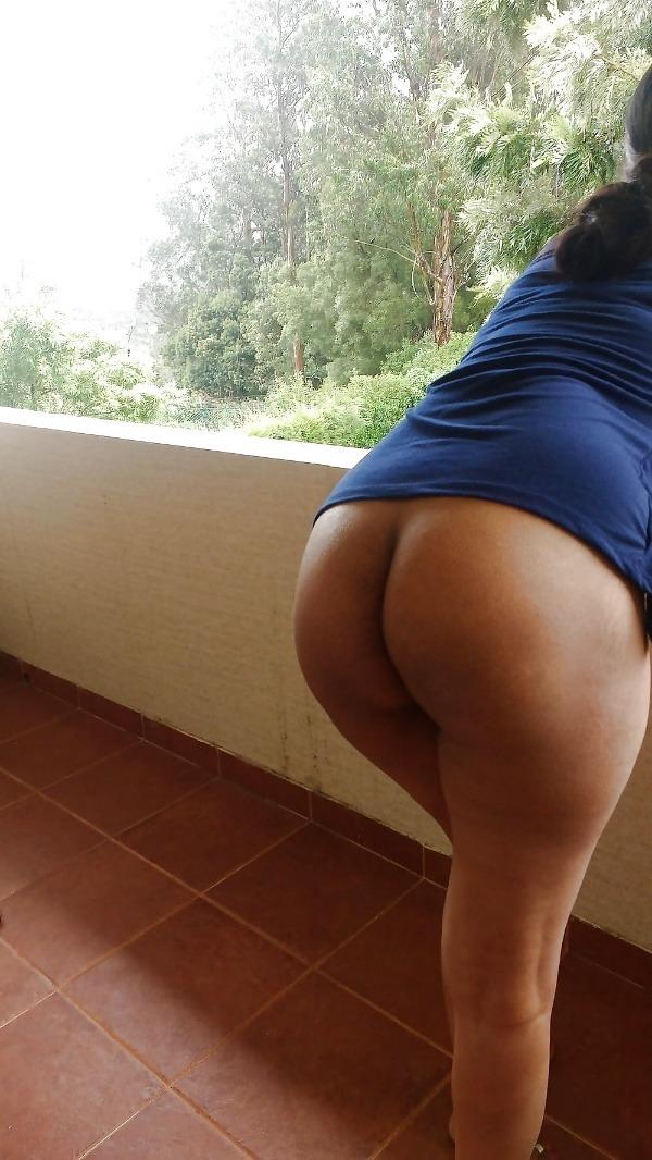 mind blowing mature desi aunty nude photos - 26