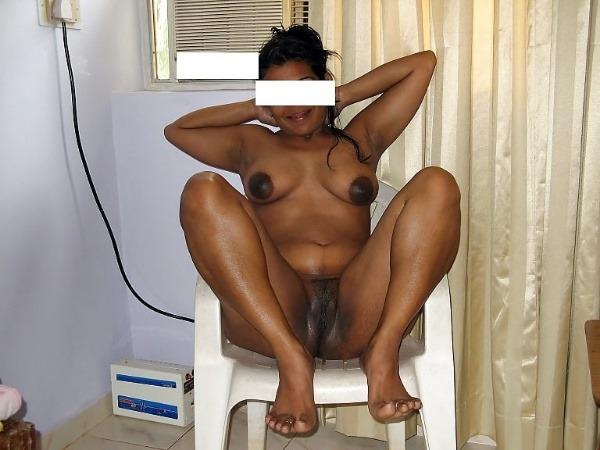 mind blowing mature desi aunty nude photos - 45