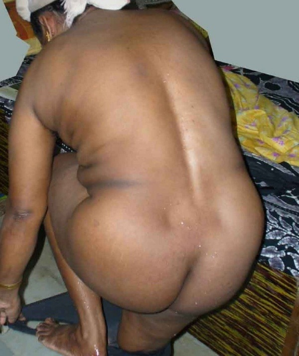 most viewed sexy mallu aunty nude images - 19