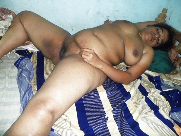 most viewed sexy mallu aunty nude images - 27