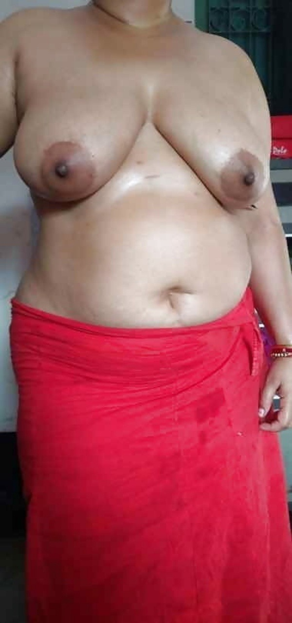 most viewed sexy mallu aunty nude images - 47
