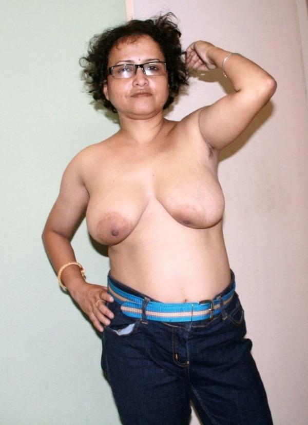 naughty women showing juicy big boobpics - 13