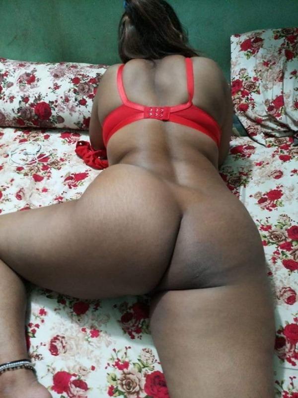 provocative sexy desi aunty nude pics - 1