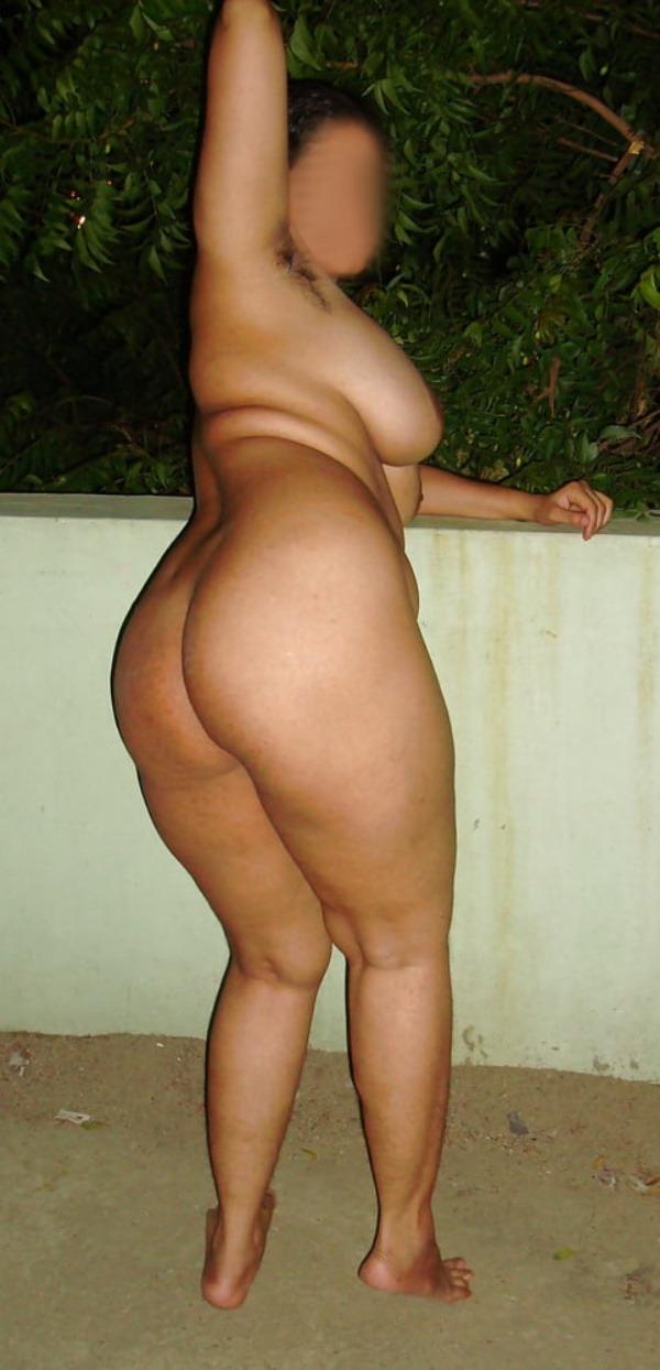 provocative sexy desi aunty nude pics - 2