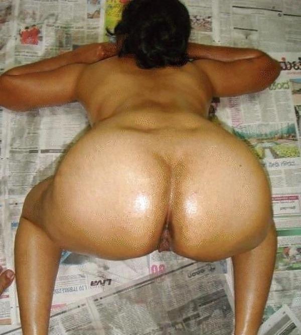 provocative sexy desi aunty nude pics - 47