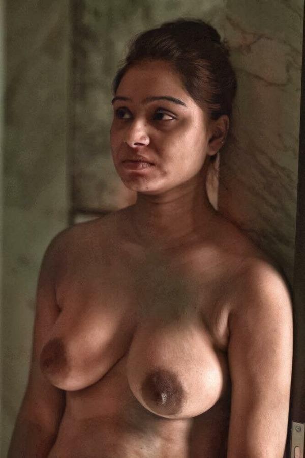 sensual desi bhabhi nude photo goes viral - 49