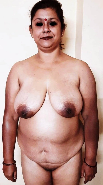 sensual mallu aunty nude photos to help cum - 33