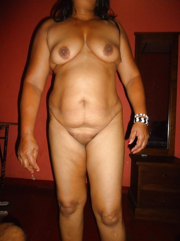 sexy tamil aunty nude images - 22