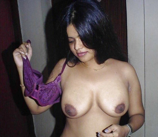 unload your cum with desi aunty big boobs pic - 12