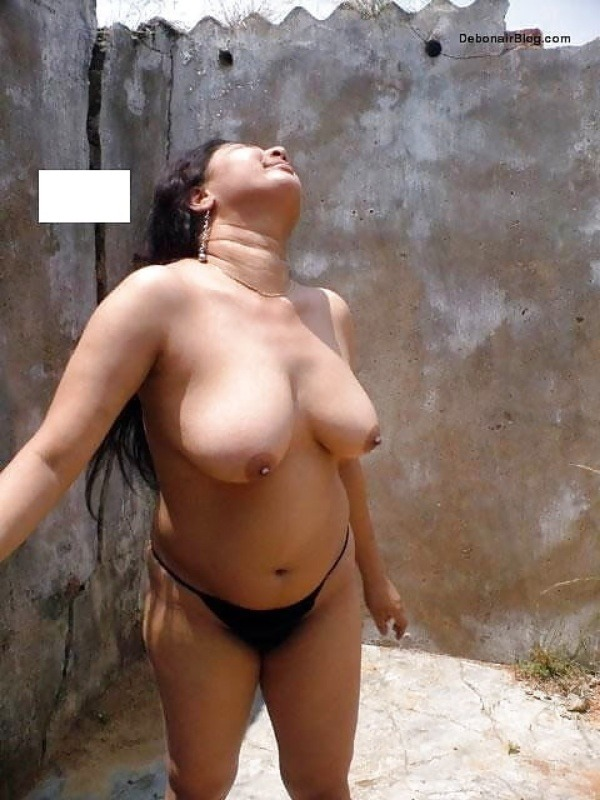 unload your cum with desi aunty big boobs pic - 13