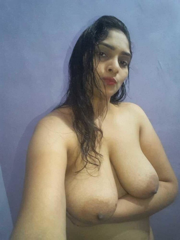 unload your cum with desi aunty big boobs pic - 16