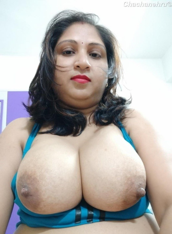 unload your cum with desi aunty big boobs pic - 18