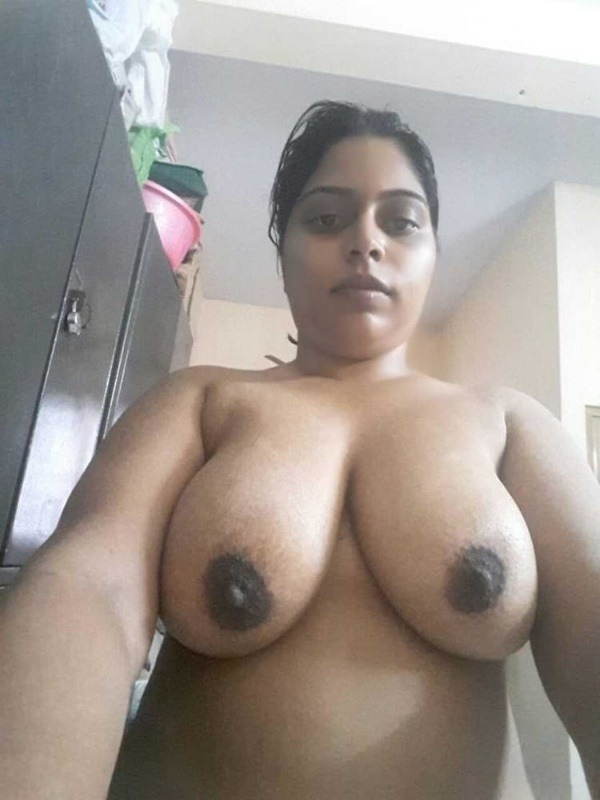 unload your cum with desi aunty big boobs pic - 21
