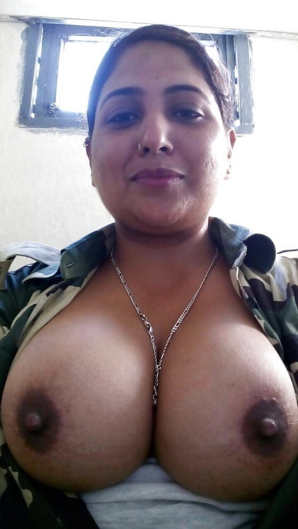 unload your cum with desi aunty big boobs pic - 24