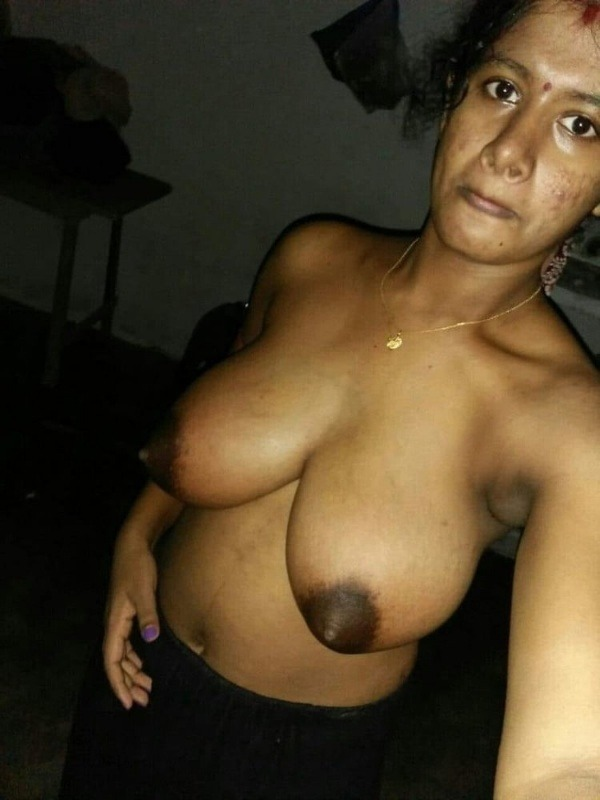 unload your cum with desi aunty big boobs pic - 31