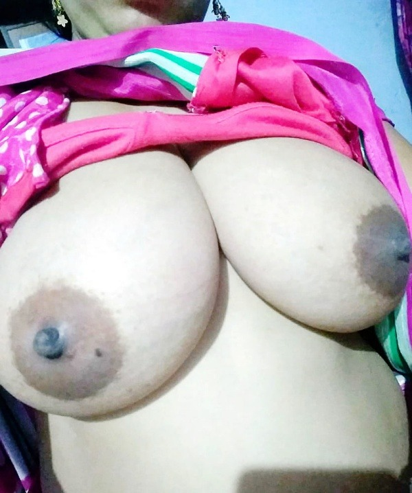 unload your cum with desi aunty big boobs pic - 42