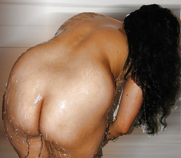 alluring milf desi aunty nude images ass pics - 3