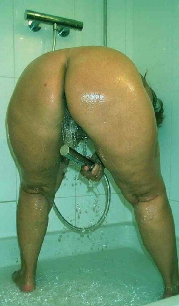alluring milf desi aunty nude images ass pics - 30