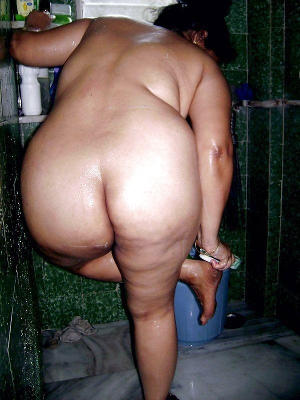 alluring milf desi aunty nude images ass pics - 32