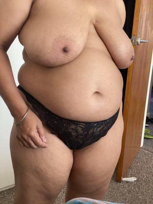 curvy desi mature aunty porn pics tits ass - 30