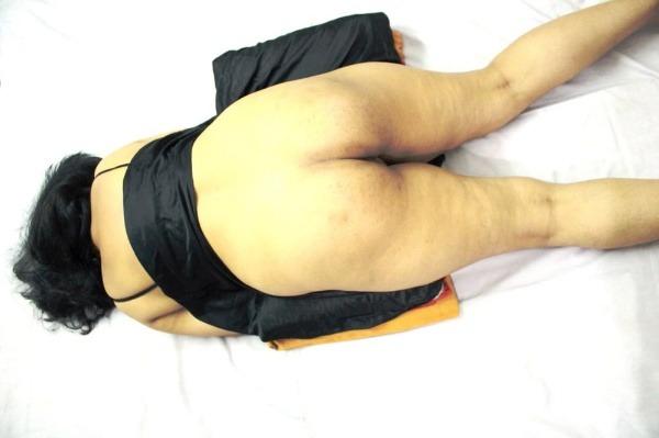 dashing desi bhabhi nude pics sexy butt juggs - 1
