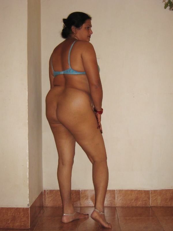 desi beautiful aunties nude xxx pics boobs ass - 22