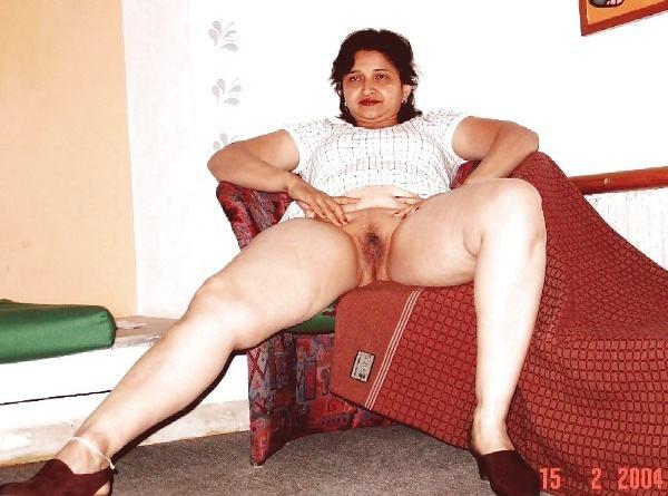 desi beautiful aunties nude xxx pics boobs ass - 3