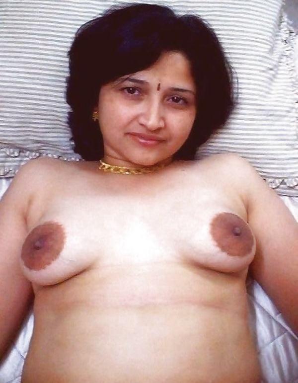 desi beautiful aunties nude xxx pics boobs ass - 5