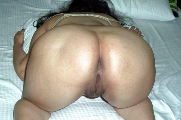 desi big ass hot sexy aunty photo round booty - 4