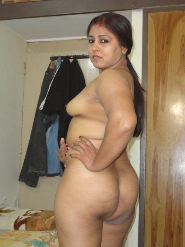 desi leaked xxx bhabhi photo sexy boobs ass - 25