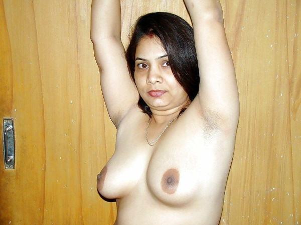 hot newly married desi bhabhi nude pic - 13