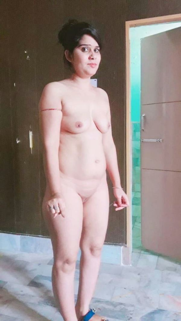 hot newly married desi bhabhi nude pic - 28