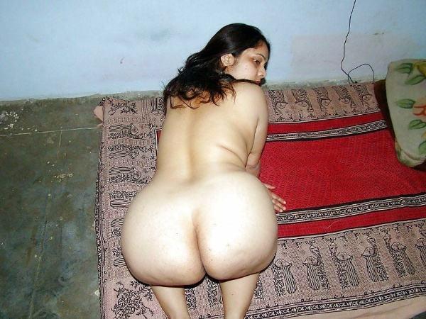 hot newly married desi bhabhi nude pic - 33