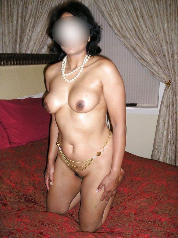 hot newly married desi bhabhi nude pic - 44