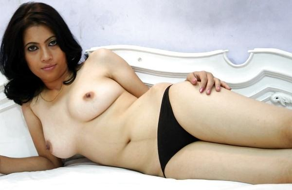 hot newly married desi bhabhi nude pic - 5