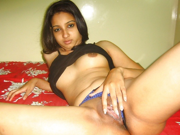 hottest gallery of indian girls boobs pics - 6