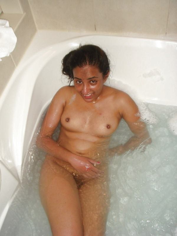 hypnotic sexy boobs pics of indian girls - 11