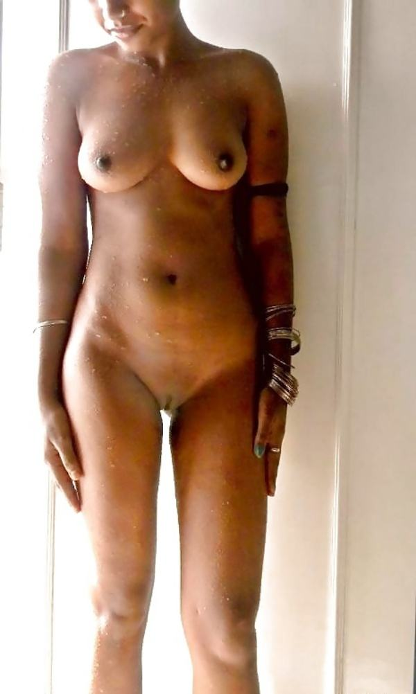 hypnotic sexy boobs pics of indian girls - 18