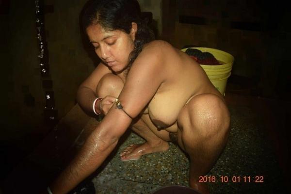 indian xxx mallu nude aunty images boobs ass - 3