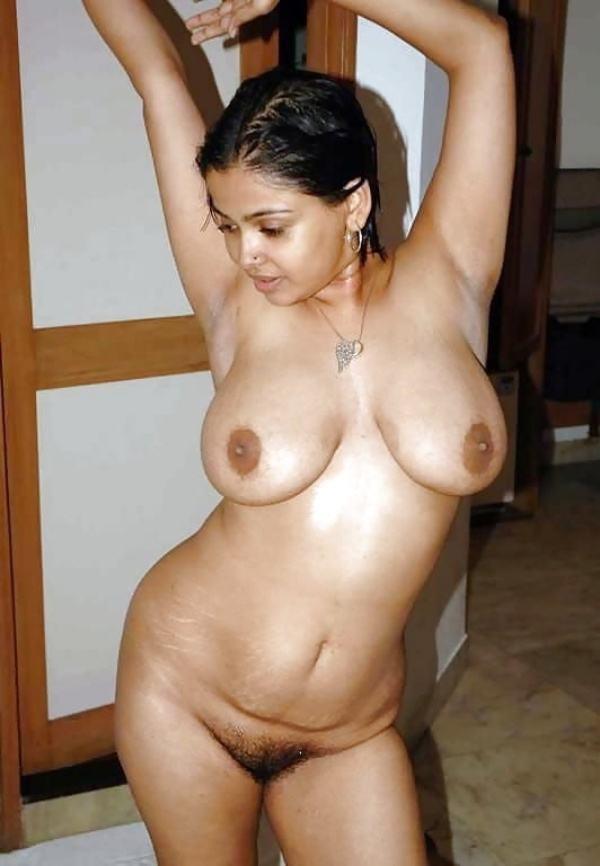 juicy indian big boobs images aunties bhabhi - 18