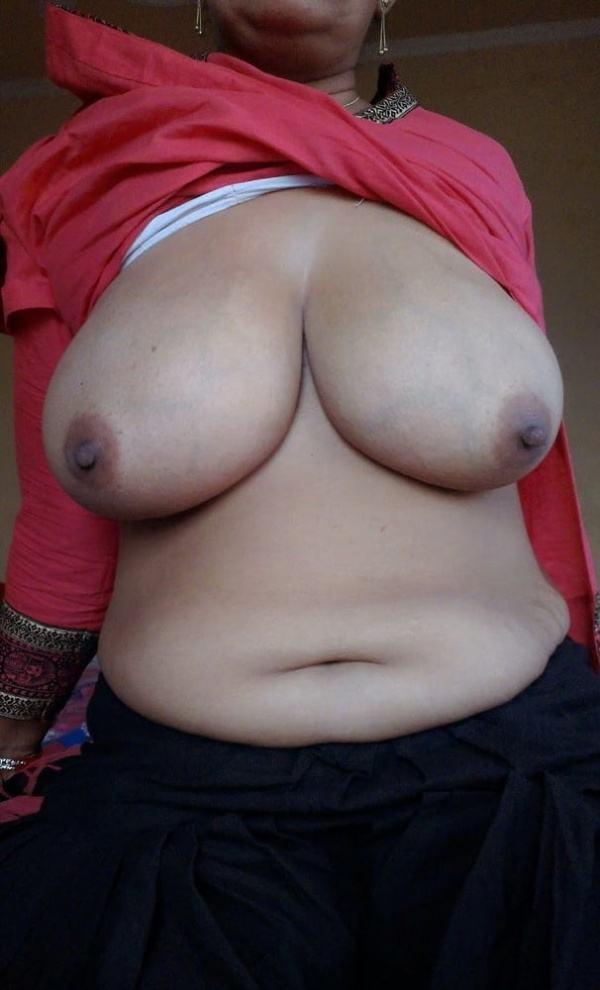 juicy indian big boobs images aunties bhabhi - 21