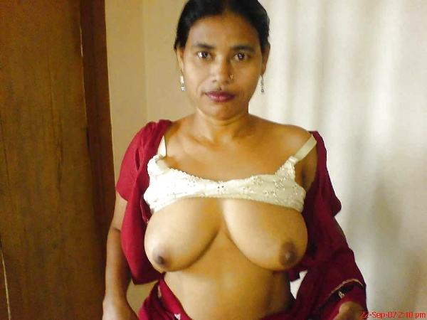 juicy indian big boobs images aunties bhabhi - 6