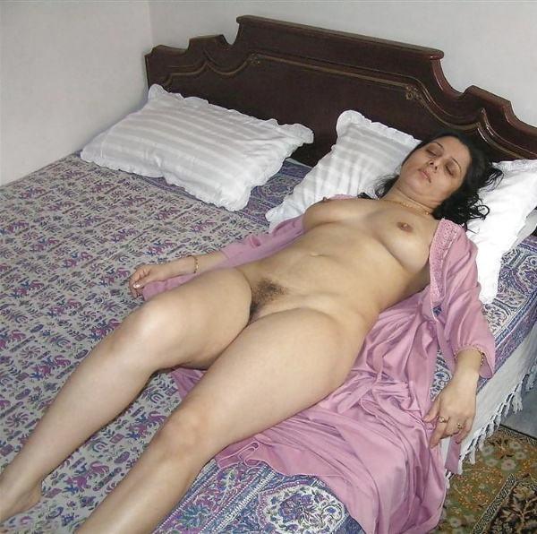 leaked sexy desi bhabhi hot photos honeymoon - 32