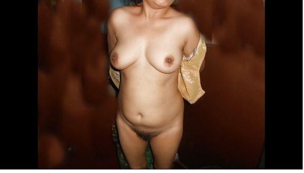 lonely hot indian bhabhi pics xxx ass tits - 1