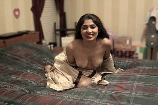 lonely hot indian bhabhi pics xxx ass tits - 14