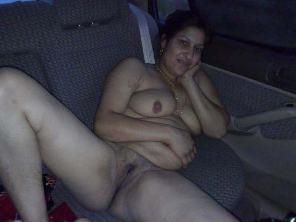 mature muslim aunty nude pictures booty boobs - 2
