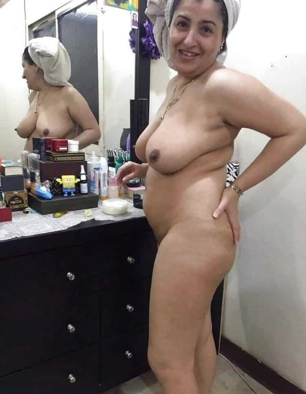 mature muslim aunty nude pictures booty boobs - 26