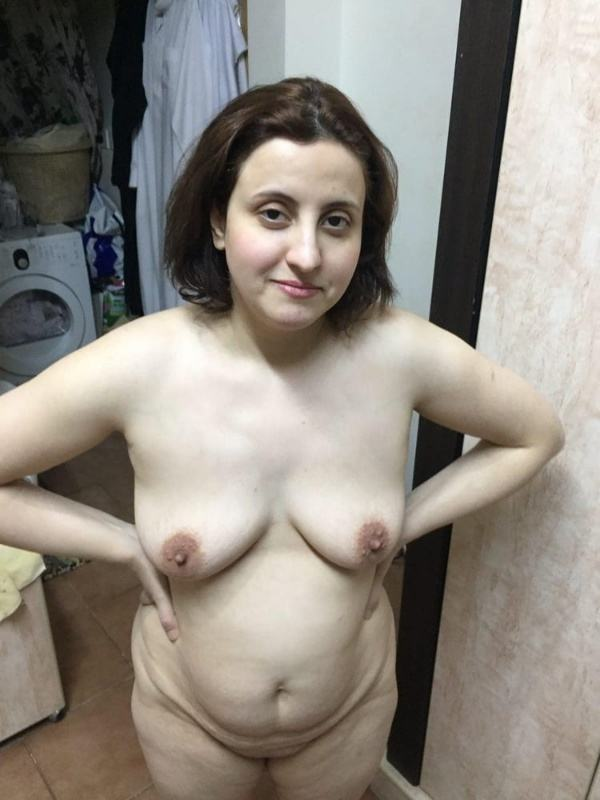 mature muslim aunty nude pictures booty boobs - 29